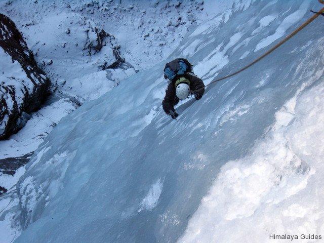 ice-climb-nepal-2