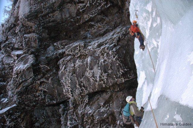 ice-climb-nepal-6