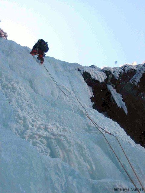 ice-climb-nepal-9