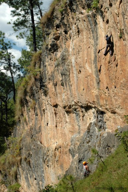 rock-climbing-nepal-3