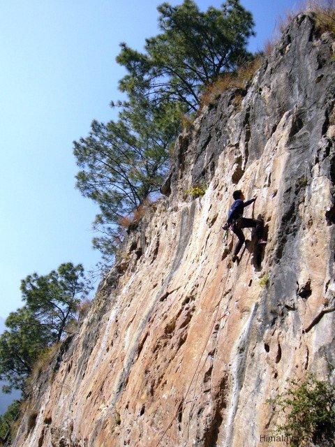 rock-climbing-nepal-4