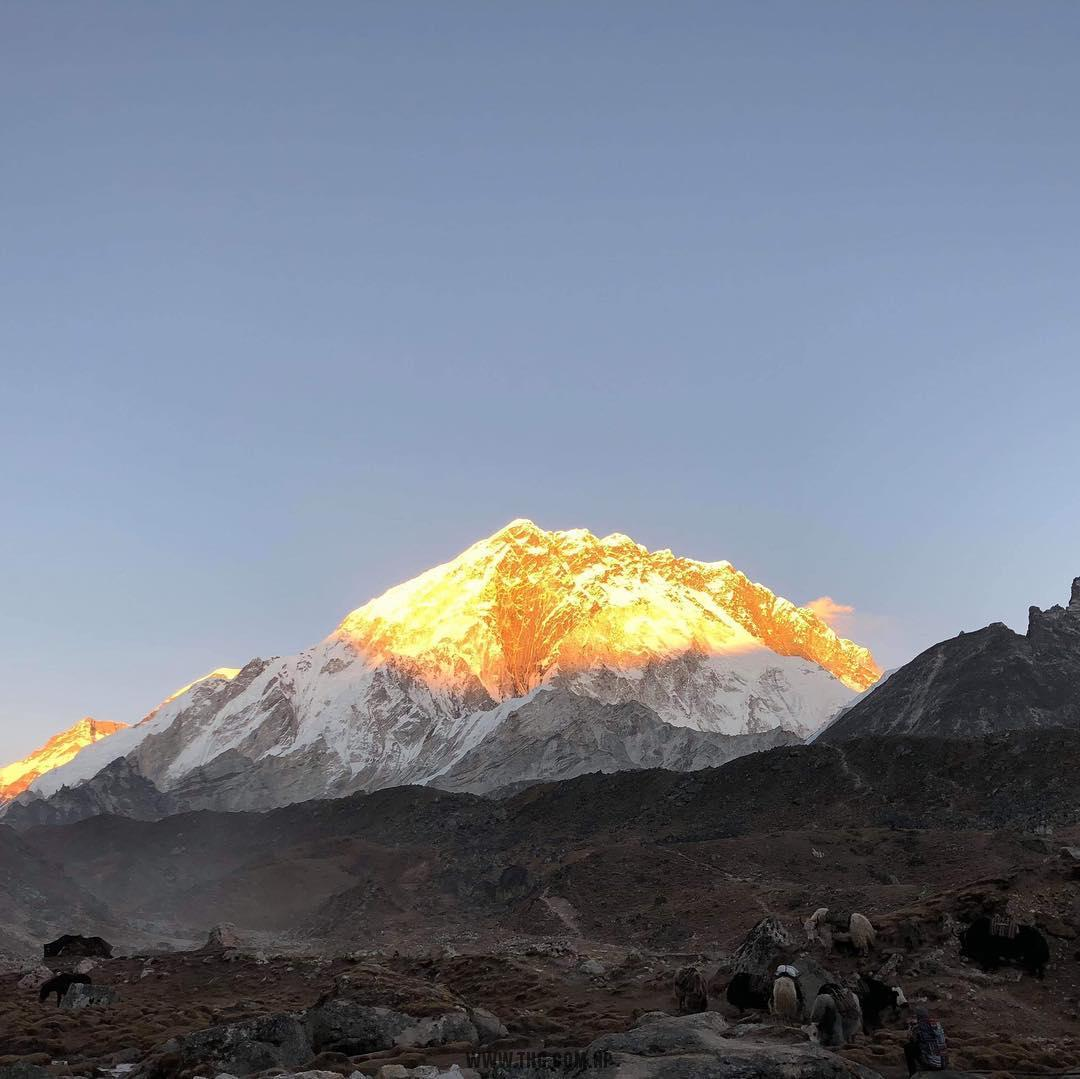 THG Himalaya Five Peaks with Technical Climbing Course + Mt. Ama Dablam Climbing expedition 2018 team just summit of Mt. Lobuche (6,119m). 7 members and Nepalese guides and climbing sherpas. Congratulations and safely back down :)